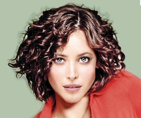 Immagini di taglio di capelli scalati
