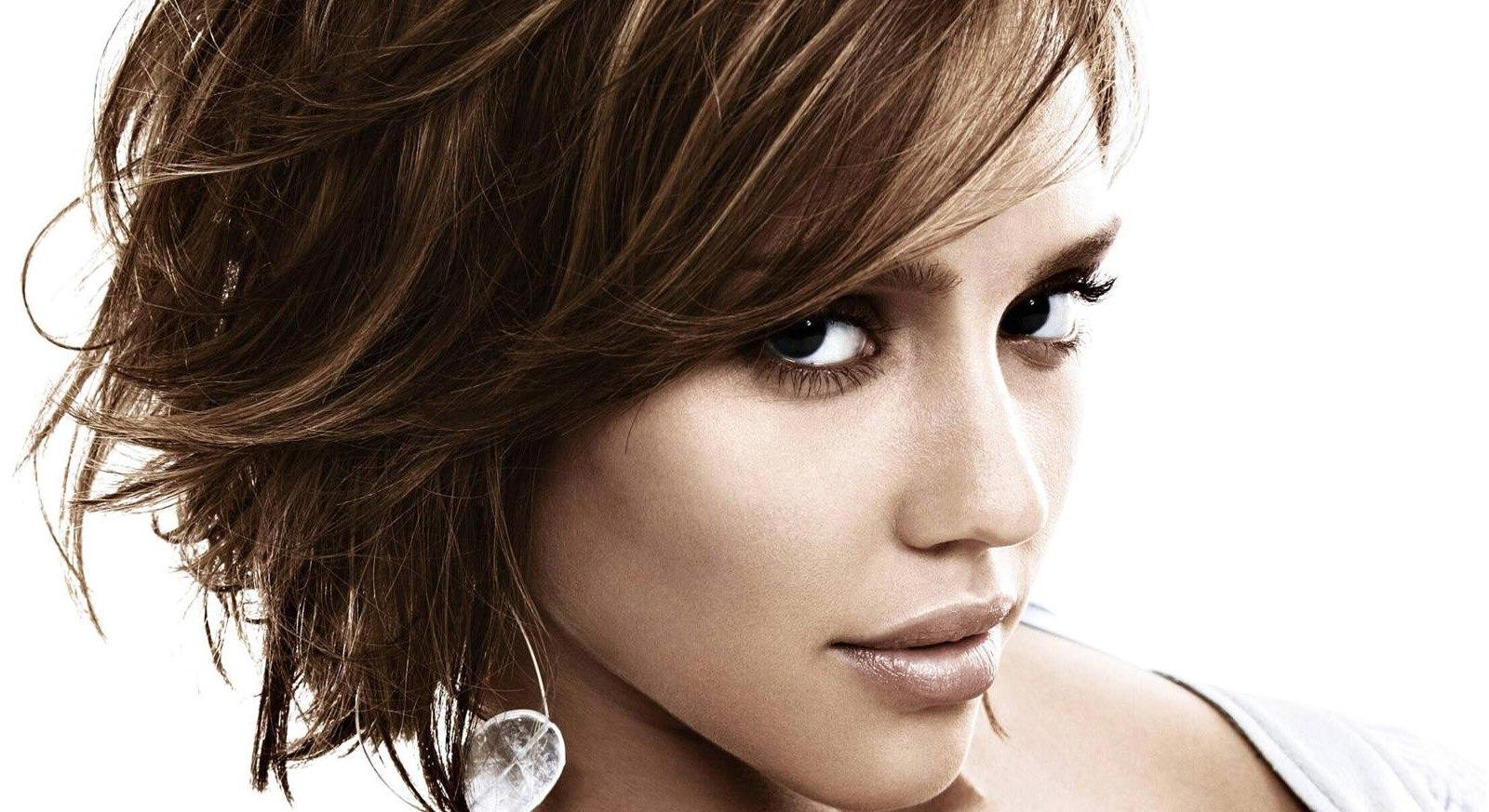 Favoloso Hai in mente un taglio capelli medi? Ecco tutti i consigli KP16