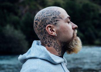 Tatuaggi a lavoro